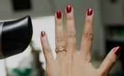 Сушка ногтей феном