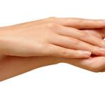 Осветление волос на руках: стоит ли делать?