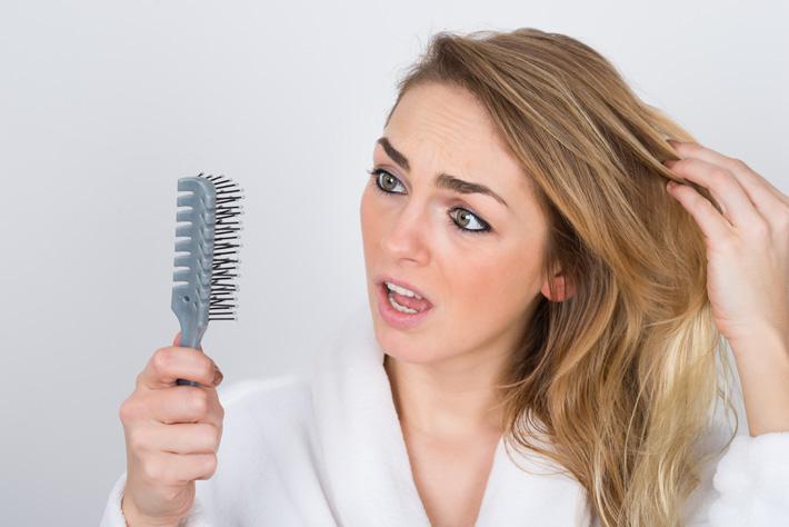 Каким маслом подлечить сухие волосы
