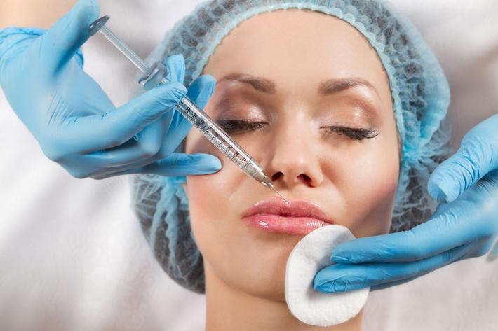 Увеличение губ в клинике