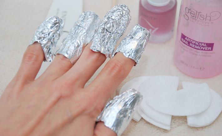 Снятие гель-лака с ногтей