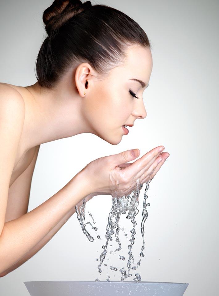 Умывание нарощенных ресниц