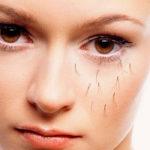 Почему выпадают ресницы у женщин (свои и нарощенные)