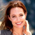 Как выглядит Анджелина Джоли без макияжа и косметики
